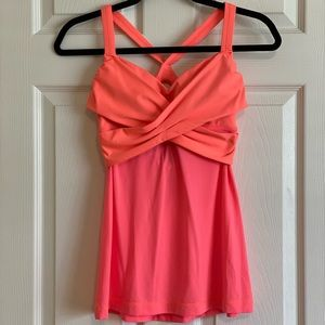 Lululemon tank top (size 6) two tone hot pink💕